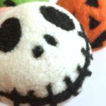 How to Felt Wool Dryer Balls 4 Ways: Pantyhose Method & Needle Felting Method
